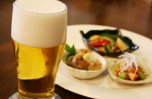 簡単おつまみでビールがますます美味しい!安い食材も絶品レシピで変身!
