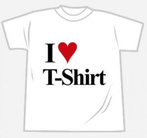 ロゴtシャツの人気レディースブランドは?メンズではナイキがダントツ!